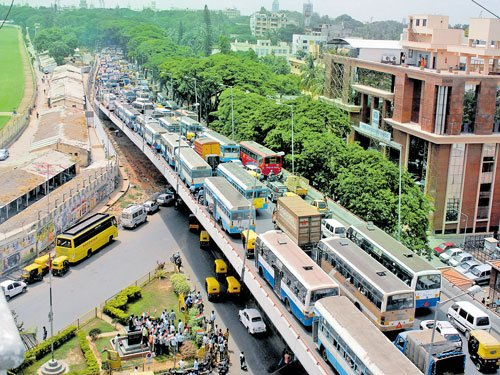 Slow vehicles may be banned on flyovers