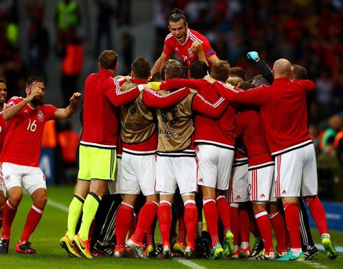 Wales down Belgium to reach first ever semi-final