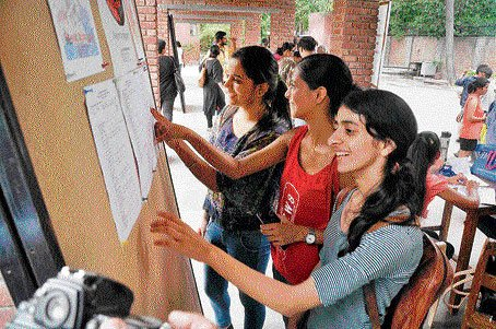 On Day 2 in DU, reserved categories fill up faster