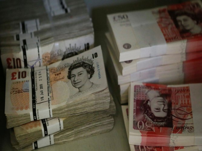 Emerging currencies up as post-Brexit shock fades