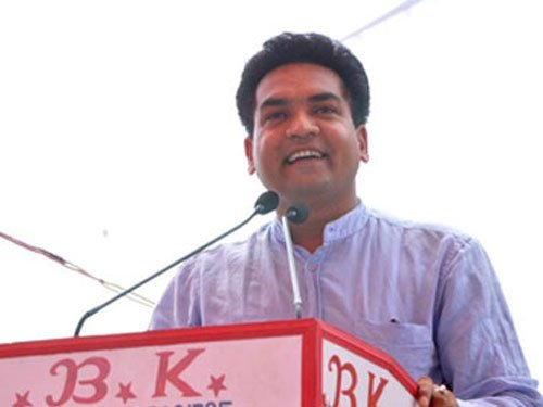 Mishra to join ACB probe into tanker scam today