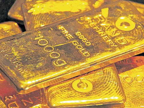 Gold hits 28-mth high above Rs 31k mark as Brexit fears return