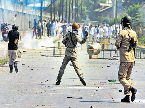 21 J&K cops injured in clashes post Eid prayers