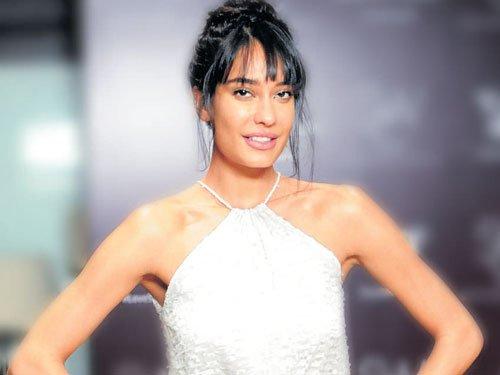 Feel privileged to work in Bollywood: Lisa Haydon