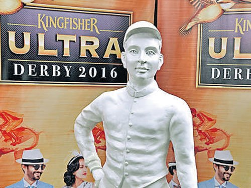 Jockey statue adds attraction to Derby