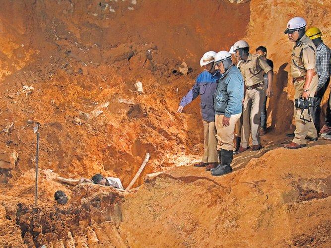 Koramangala building accident: Police hunt for landowner
