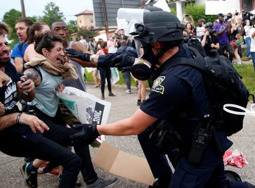Dozens more arrested in Louisiana after leaders warn against protest violence