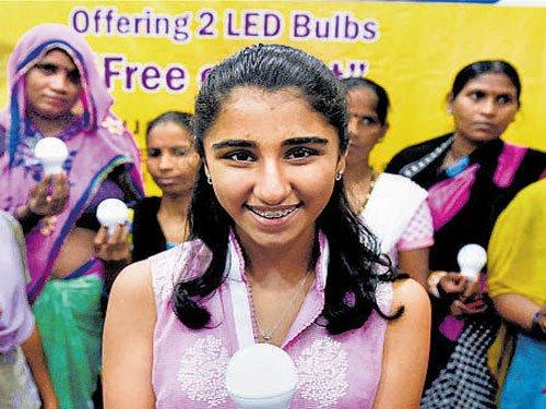 US girl lights up lives in Delhi