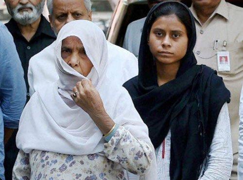 Court orders registration of FIR against Akhlaq's family