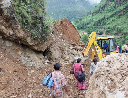 Heavy rains in U'khand, pilgrimage to Badrinath disrupted