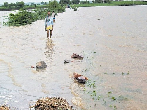 100 acres under water in Jamkhandi