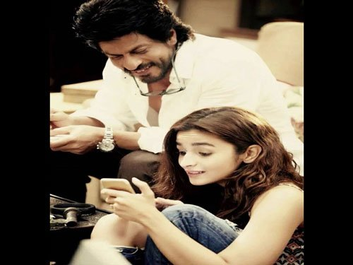 SRK, Alia reveal first look of 'Dear Zindagi'