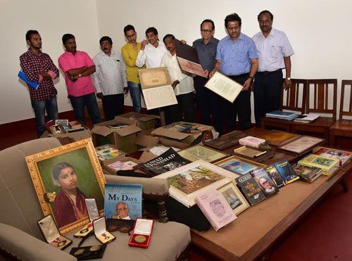 Museum to house R K Narayan's belongings