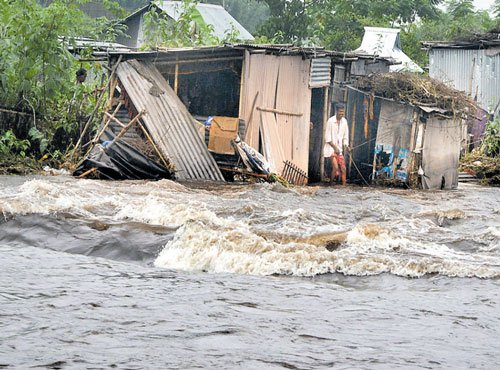 Heavy rain in Nepal may pour misery on Bihar