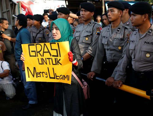 Indonesia rebuffs family, global appeals to halt executions