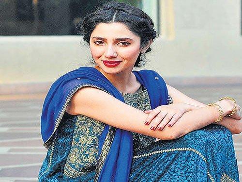 I feel pressure to prove myself with 'Raees': Mahira Khan