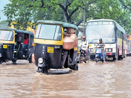 Monsoon gains momentum in many districts