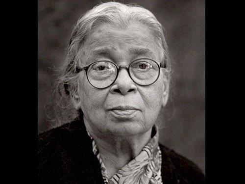 Irrfan wanted to make film on Mahasweta Devi's life