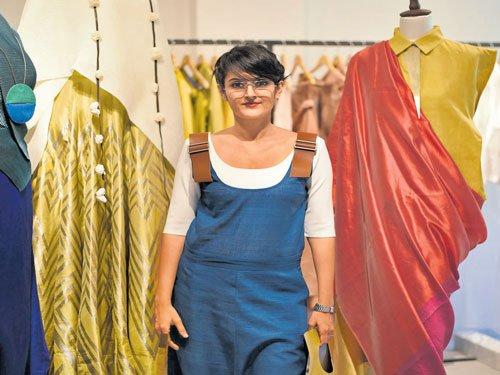 Queen of asymmetrical garments