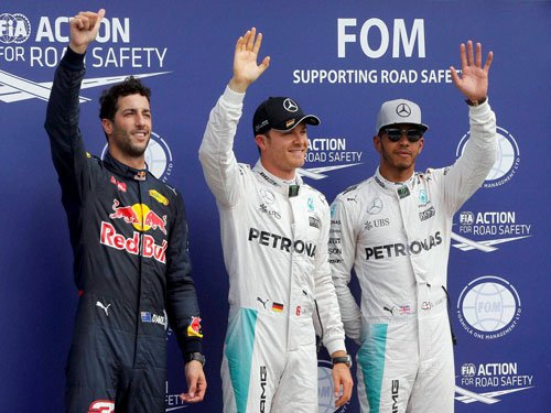 Rosberg clinches pole at Hockenheim