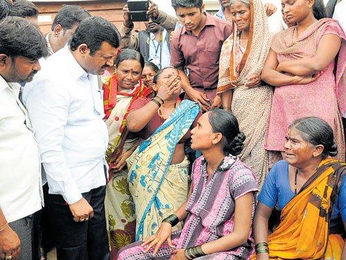 Karnataka shuts down for Mahadayi