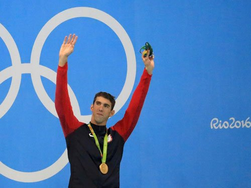 Phelps wins 200m butterfly for 20th gold