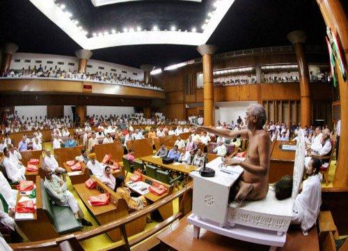 Delhi minister meets Jain monk over Dadlani tweet controversy