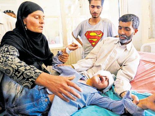 'Dead eyes' epidemic plagues Kashmir