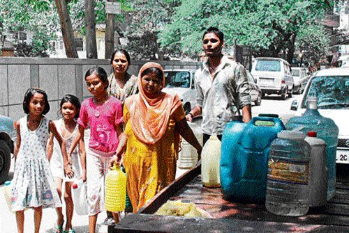 Every home in slums to get water connection