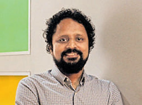 Bala is CEO-in-Residence for Microsoft Accelerator, Ravi to be global director