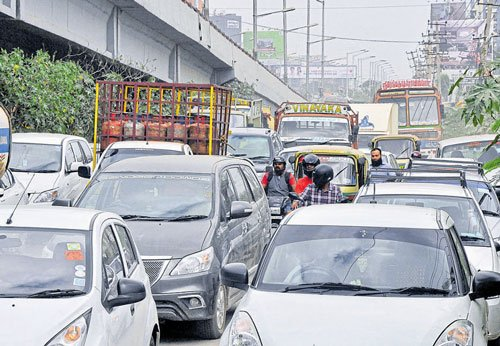 To decongest city, focus turns again on decade-old BRTS plan