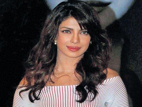 Mumbai is my home: Priyanka rubbishes reports of shifting to LA