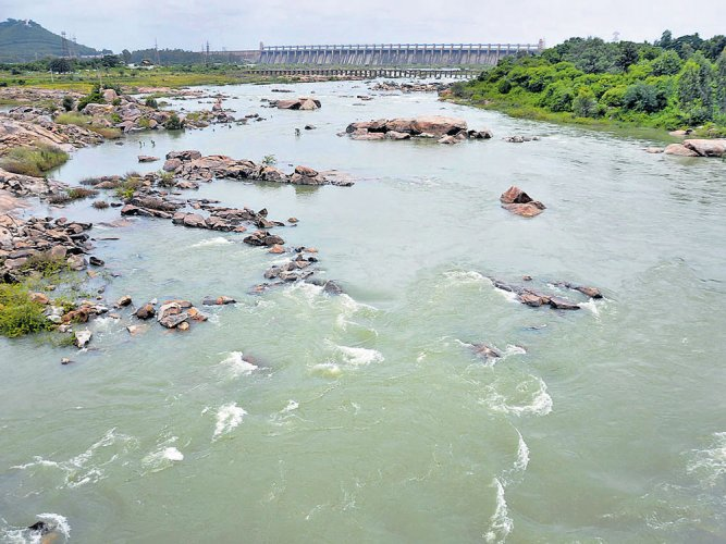Water release from TBdam to Andhra Pradesh riles farmers
