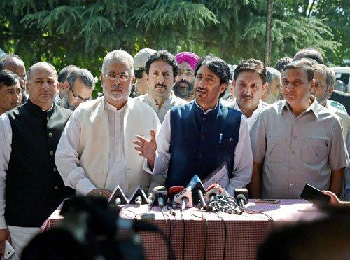Kashmir issue needs political solution: Congress