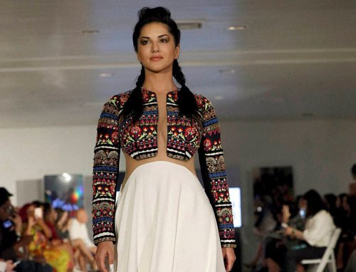 I was called 'too fat' to be a model: Sunny Leone
