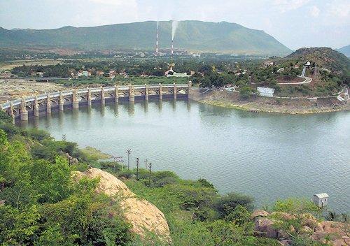 Water level in Mettur dam nears 80 ft