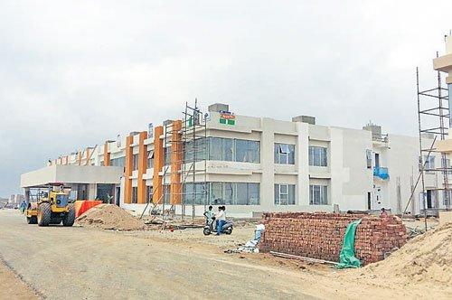 AP interim govt complex to begin operations from Dasara