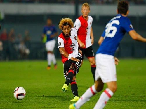 United slump to defeat against Feyenoord