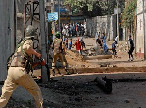 'Centre's policing attitude aggravated Kashmir issue'
