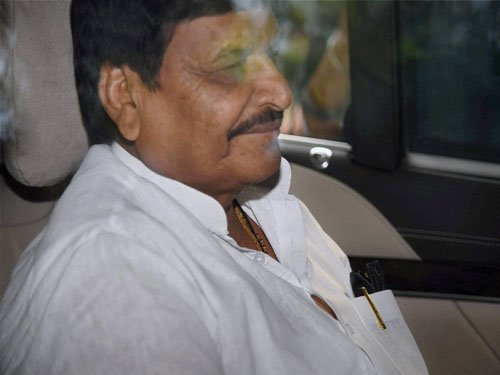 Shivpal expels Ram Gopal's relative from party