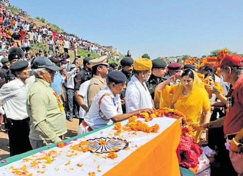 Uri attack: Martyr cremated on his birthday