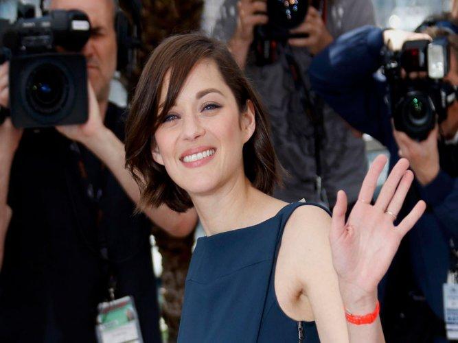 Marion Cotillard slams Pitt affair rumours, wishes Jolie peace