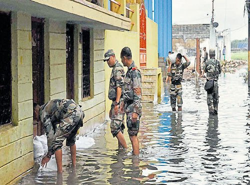 Army joins relief ops in Hyderabad