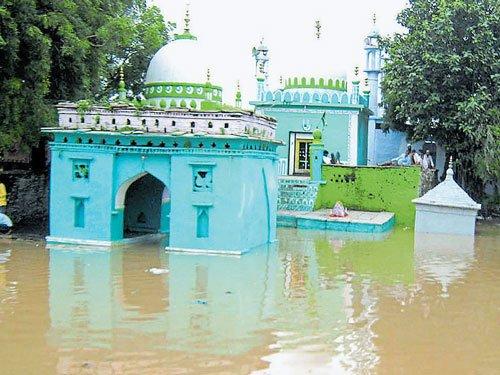 Rain pounds Bidar district, claims 3 lives