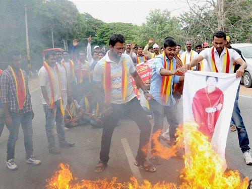 Protests against SC order in Mandya