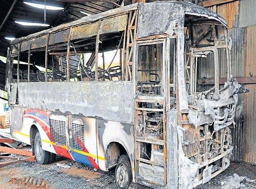 Accidental fire destroys bus, scrapyards at Nayandahalli
