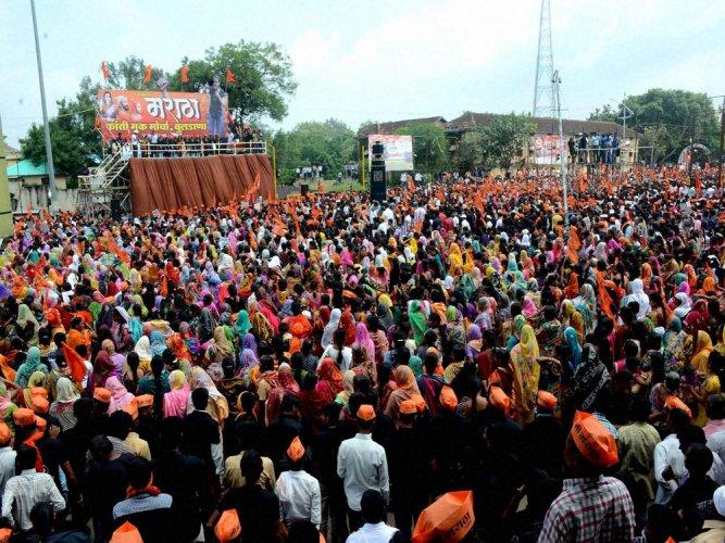 Saamana cartoonist regrets hurting Maratha sentiments