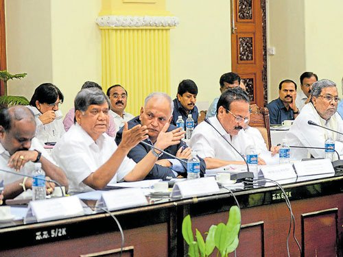 Cauvery: All-party meet tells govt to stick to House decision