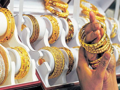 Zaveri Bazaar volumes come down to 10%