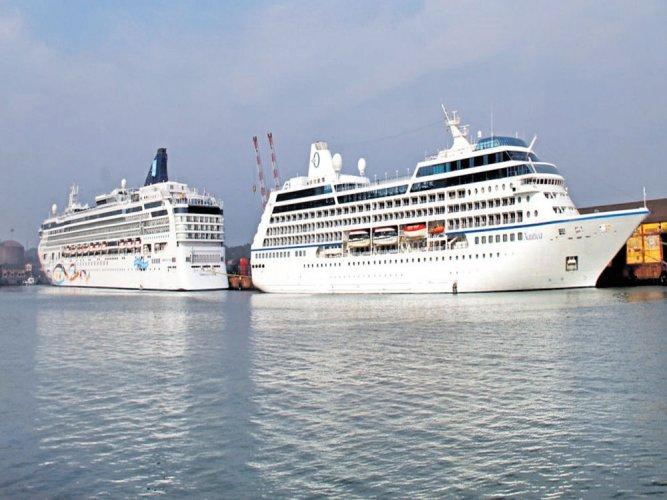 Nautica and Norwegian Star cruise through M'luru